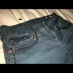 Girls Miss Me's skinny jeans size 10